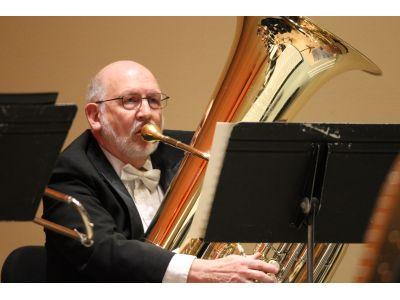 Robert Whaley, Tuba