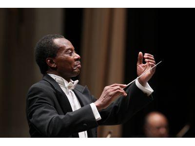 Maestro Raymond Harvey
